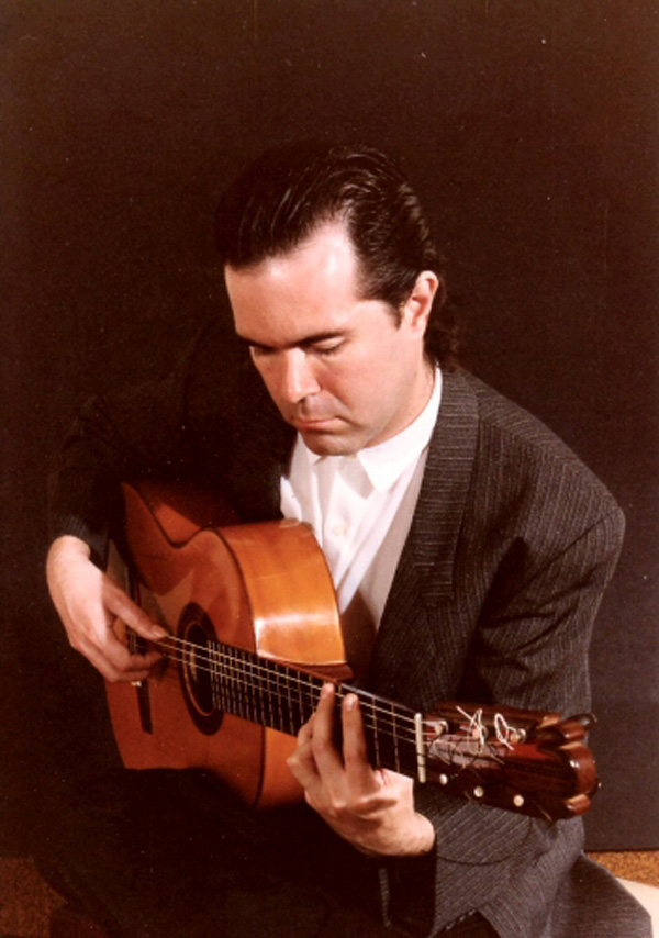 miguelfernandez_flamenco_guitarist_1.jpg